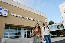 Co do spokojenosti pacientů se kolínská nemocnice umístila na druhém místě v kraji. Předběhl ji pouze Benešov.