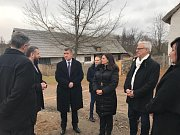 Předposlední zastávkou premiéra po místech Středočeského kraje byla Kouřim, kde navštívil Muzeum lidových staveb.