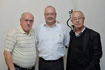 Josef Blecha (vpravo),  Jiří Buřič a Pavel Pobříslo  na setkání po 25 letech od revoluce