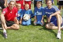 Patnáct mladých fotbalistů dostalo díky Deníku šanci zatrénovat si s Petrem Čechem