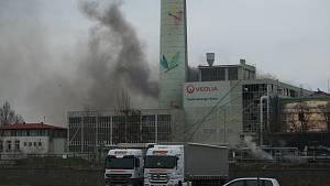 V kolínské elektrárně došlo k výbuchu a následnému požáru