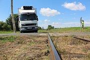 Nehoda na železničním přejezdu u obce Ratboř