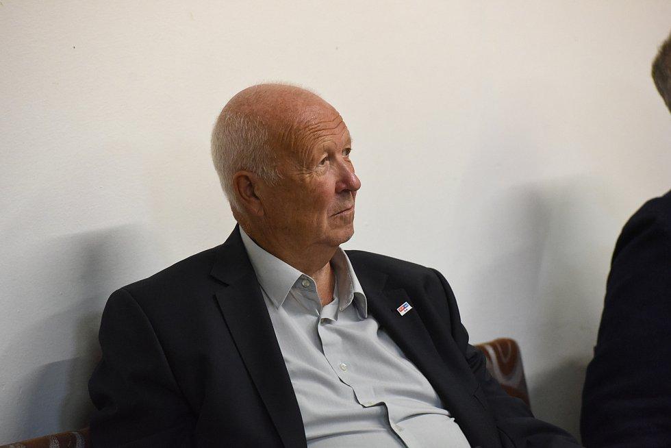 Ze setkání s bývalým ministrem financí a předsedou strany TOP 09 Miroslavem Kalouskem v Městském společenském domě v Kolíně.