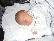Daniel Klouda se narodil 30. května v Čáslavi. Vážil 3950 gramů a měřil 50 centimetrů. Doma v Zásmukách ho přivítali maminka Helena, tatínek Petr a sestra Zuzanka.