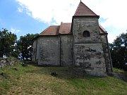 Nainstalovali panel o historii kostele sv. Bonifáce.