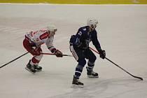 Z hokejového utkání Chance ligy Kolín - Poruba