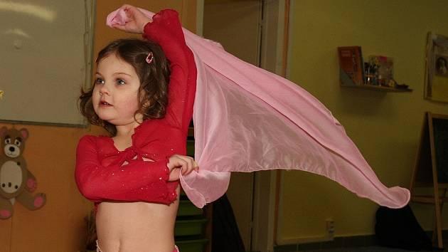 Malé břišní tanečnice v RC Hvězdička