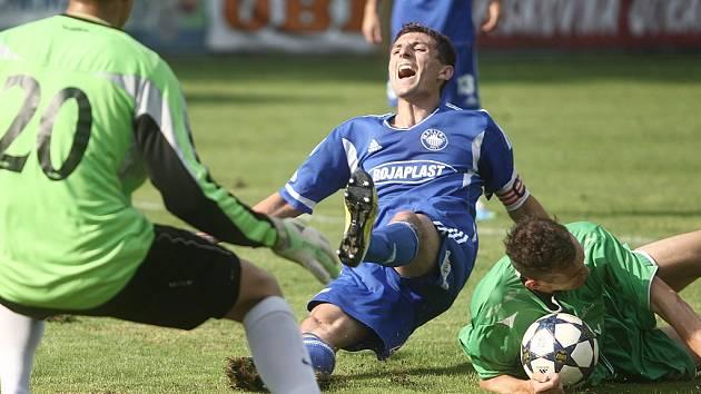 Z utkání Kolín - Karlovy Vary (3:1).