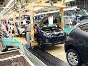 Výroba v kolínské automobilce TPCA.