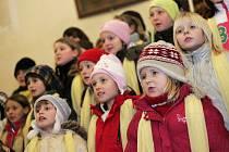 Adventní koncert pěveckého sboru Základní školy v Týnci nad Labem