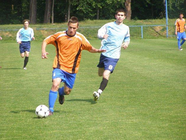 Z utkání staršího dorostu FK Kolín - Nymburk (2:0).