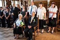 Zlatou svatbu oslavili manželé Dudkovi obnovením sňatku v kolínské obřadní síni.