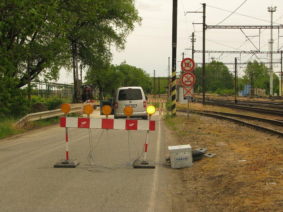 Mezi Kolínem a Starým Kolínem aktuálně řidiči neprojedou.