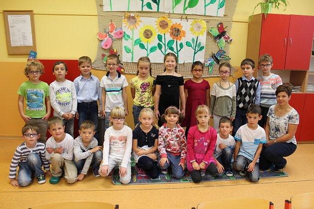Třída 1.A3. základní školy Kolín střídní učitelkou Marcelou Kunáškovou