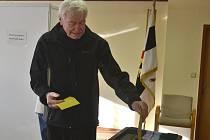 Druhé kolo senátních voleb v Chotuticích a obci Kšely