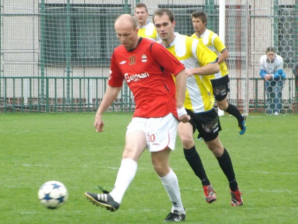 Z utkání Velim - Hradištko (4:0).
