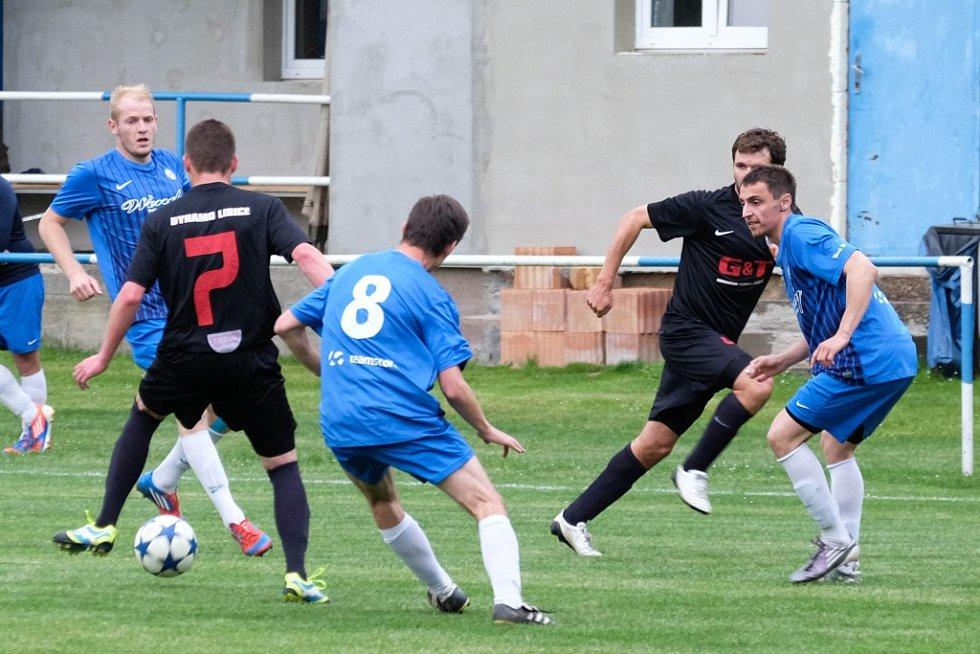 Z utkání Břežany II - Libice nad Cidlinou (1:5).