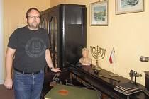 Pavel Kárník ve své kanceláři.