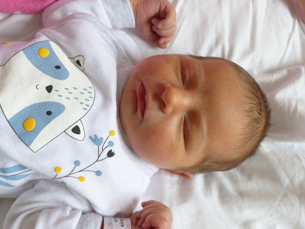 Maya  Filipová se narodila 25. června 2021 v kolínské porodnici, vážila 3805 g a měřila 51 cm. Do Kozojed si ji odvezla maminka Jana a tatínek Martin.