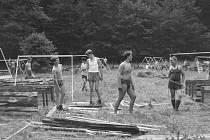Taková bývala dovolená: skaut Jan Hora vzpomíná na táboření v roce 1979