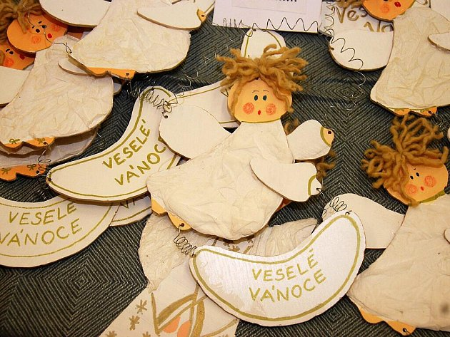 Školáci v Českém Brodě vystavují své výrobky