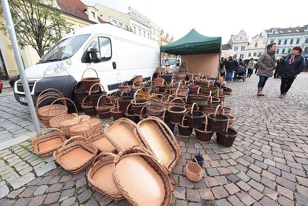 Kolínské náměstí zaplnil tradiční jarmark.