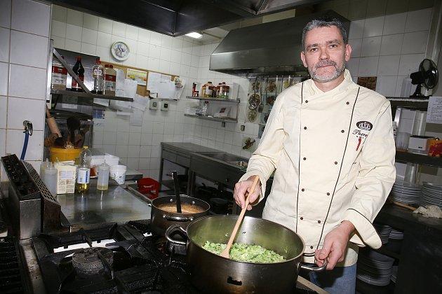 Šéfkuchař Aleš Pražák.