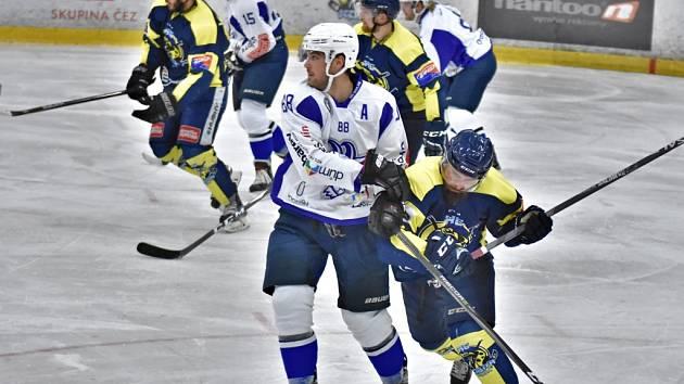 Hokejisté Kolína vyhráli na Kobře 7:3.