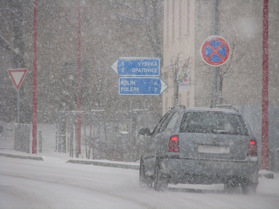 Kolínsko zasypal sníh