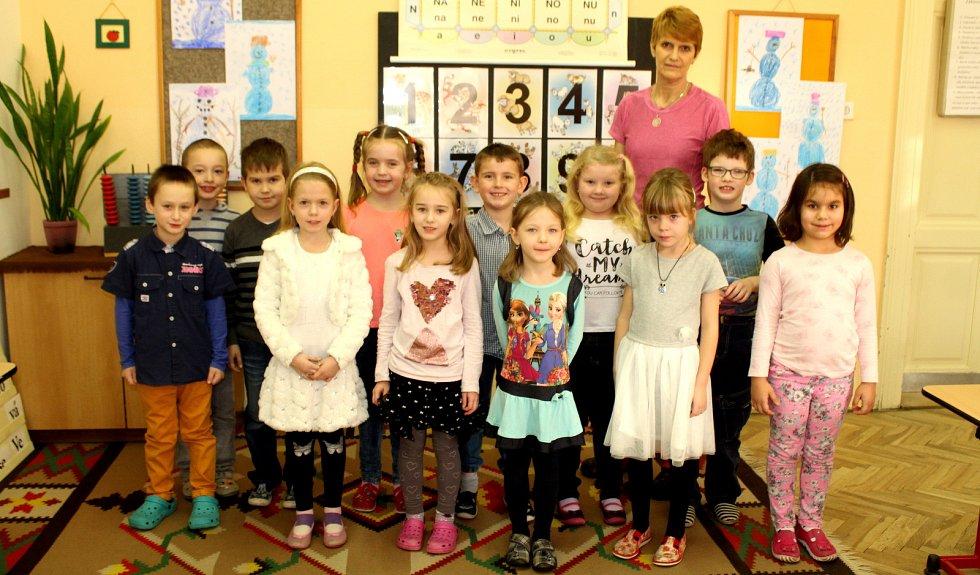 Základní škola Zásmuky, třída I. A s učitelkou Zuzanou Literovou