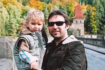 Martin Drahovzal se synem Kryštofem.