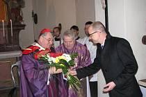 Z návštěvy Dominika kardinála Duky v Cerhenicích