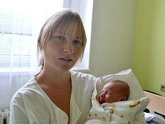 Nikola Provazníková se rozkřičela 2. září 2015 s výškou 51 centimetr a váhou 3580 gramů. Maminka Martina a tatínek Tomáš se ze své prvorozené radují v Kutné Hoře.