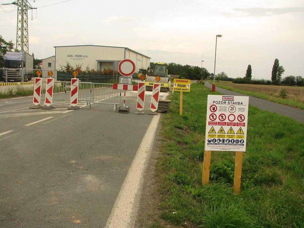 Rekonstrukce silnice mezi Kolínem a Třemi Dvory