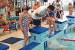 Celkem sedmnáct medailí si přivezli plavci kolínského oddílu ze Zimního poháru Středočeského kraje žactva, který se konal v kladenském bazénu.
