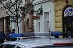 Ozbrojený lupič přepadl banku v Českém Brodě