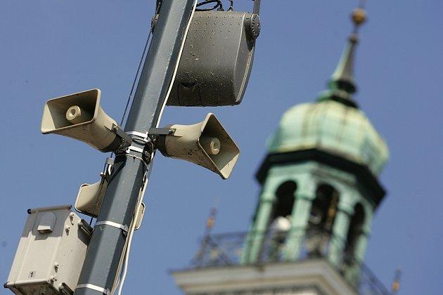 Městský rozhlas v ulicích Kolína