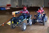 Sobotní setkání vozíčkářů – čtyřkolkářů v prusické hale