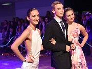 Kolínskou plesovou sezonu zahájili ve velkém stylu kolínští gymnazisté.