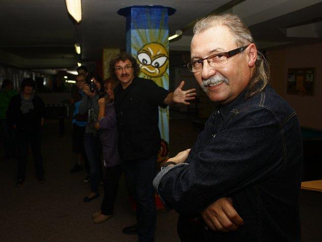 Zdeněk Hejduk vystavil Ozvěny rockového léta