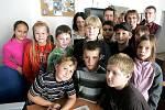 Děti z kroužku Malý Kolíňák v redakci Kolínského deníku
