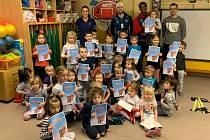 Členové a hráči BC Kolín navštívili mateřskou školku Bachmačská.