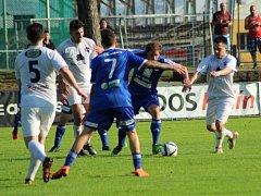 Z utkání divize FK Kolín - Turnov (3:0).