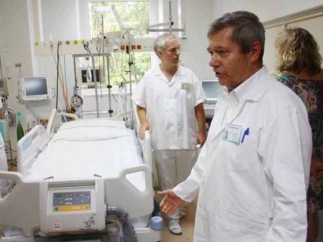 Dovybavení iktového centra v kolínské nemocnici.