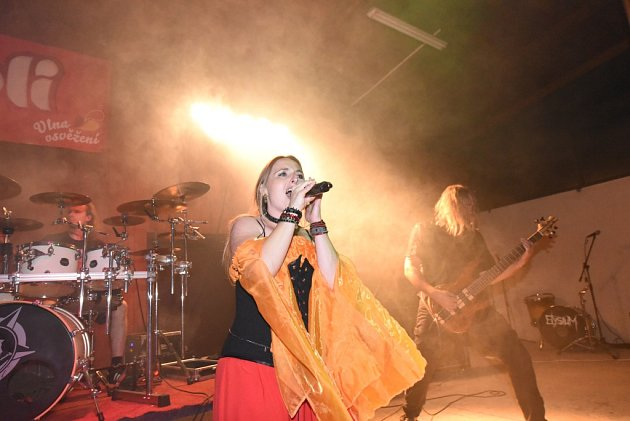 Na festivalu Rockový Týnec nakonec zahrálo sedm kapel
