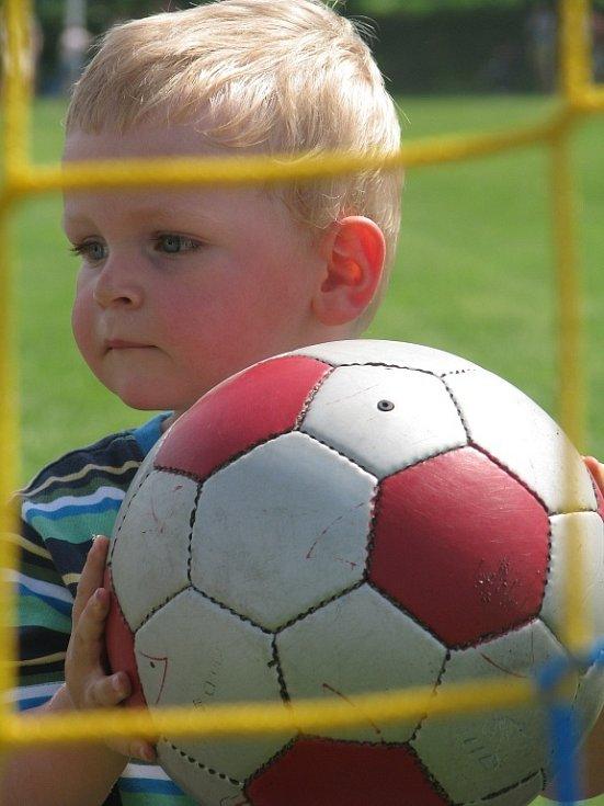 Dětský den na fotbalovém hřišti v Hradišťku I