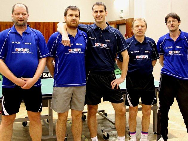Stolní tenisté FK Kolín první duel v Chocni zvládli a díky tomu si vybojovali mečbol.