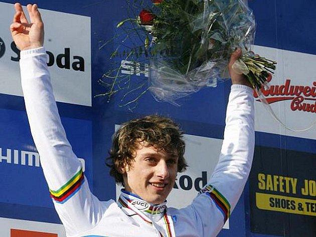 Juniorským mistrem světa pro rok 2010 se v Táboře stal Tomáš Paprstka.