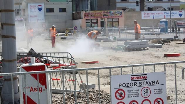 Postup prací na rekonstrukci autobusového nádraží v Kolíně, červen 2018.
