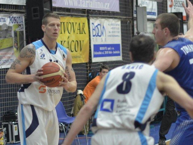Z pohárového utkání BC Geosan Kolín - Prostějov (97:76).